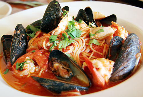 tre Pazzi Traditional Italian Seafood Dishes in Auburn CA