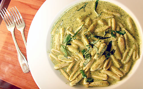 tre Pazzi Traditional Italian Pesto Pasta Dishes in Auburn CA